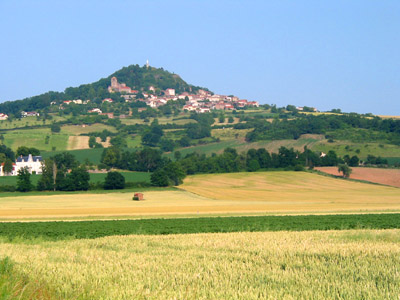 Le village d'Usson (centre de la France) | Wikipedia.org - CC