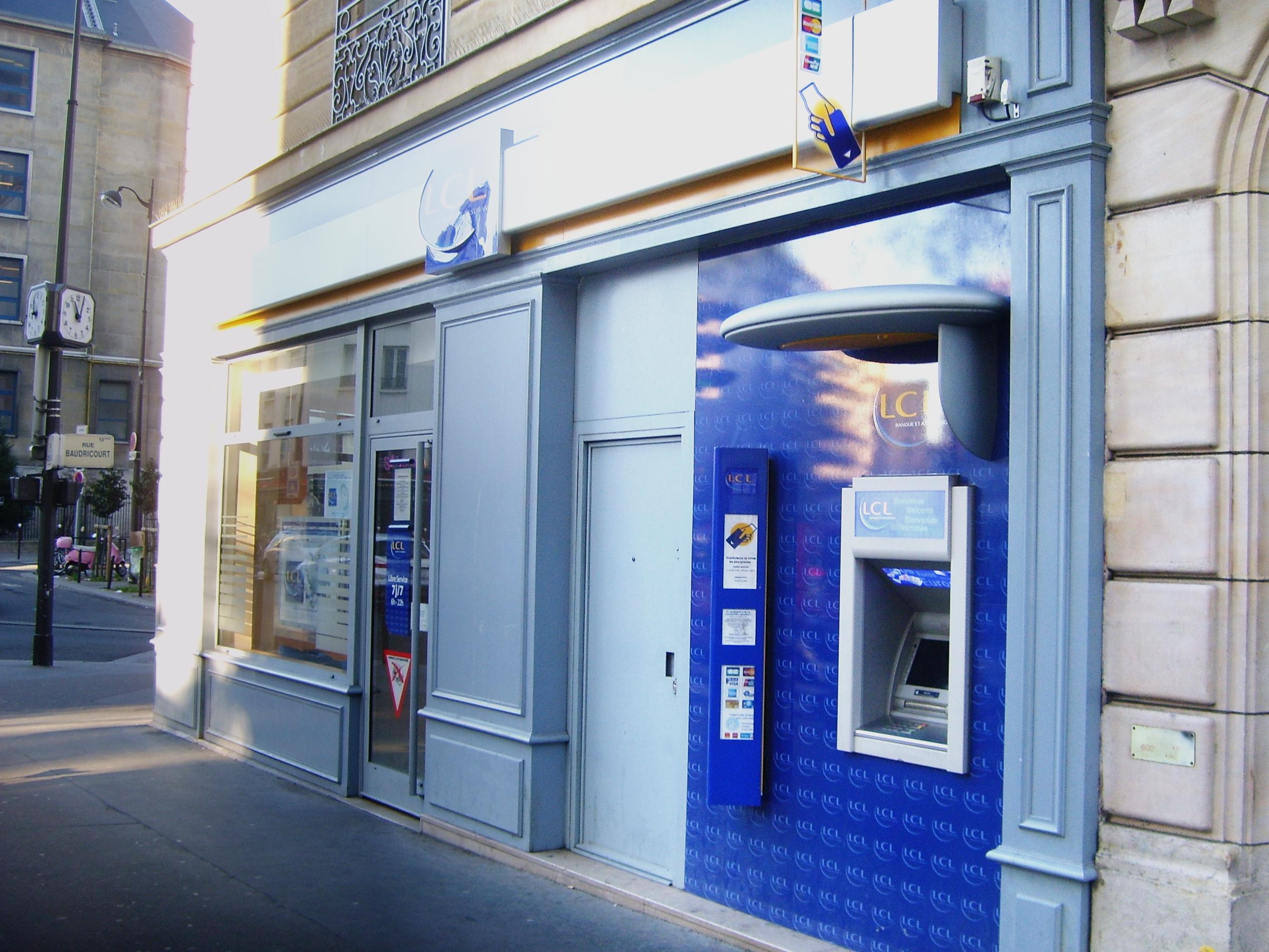 Les frais des banques à l'étranger