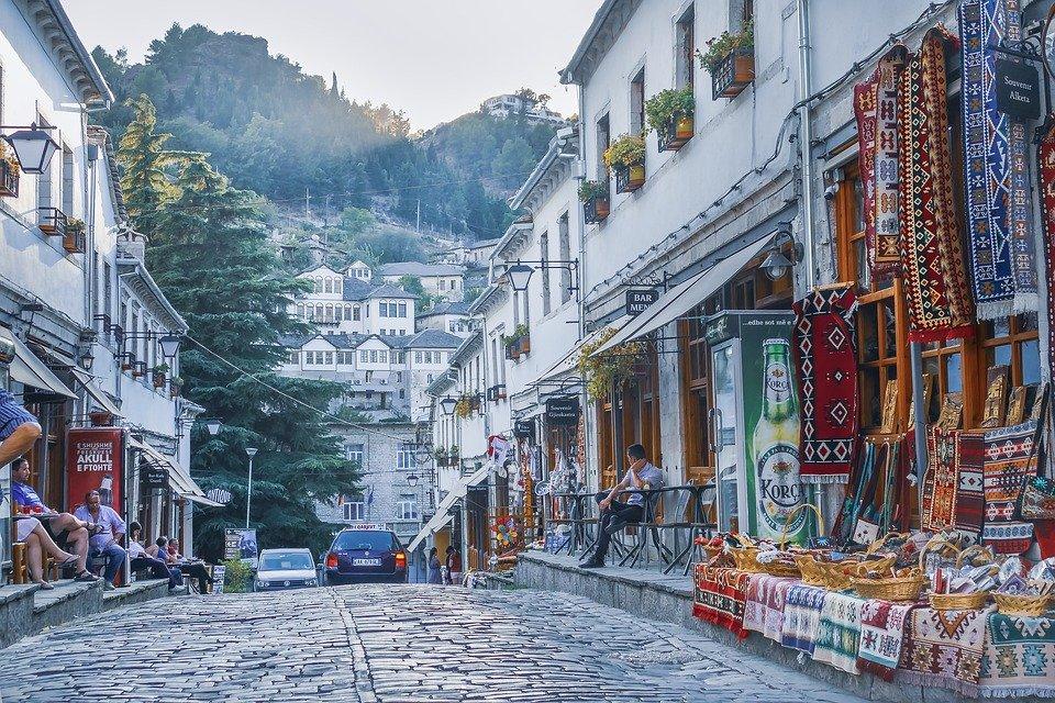 Se préparer pour un voyage en Albanie