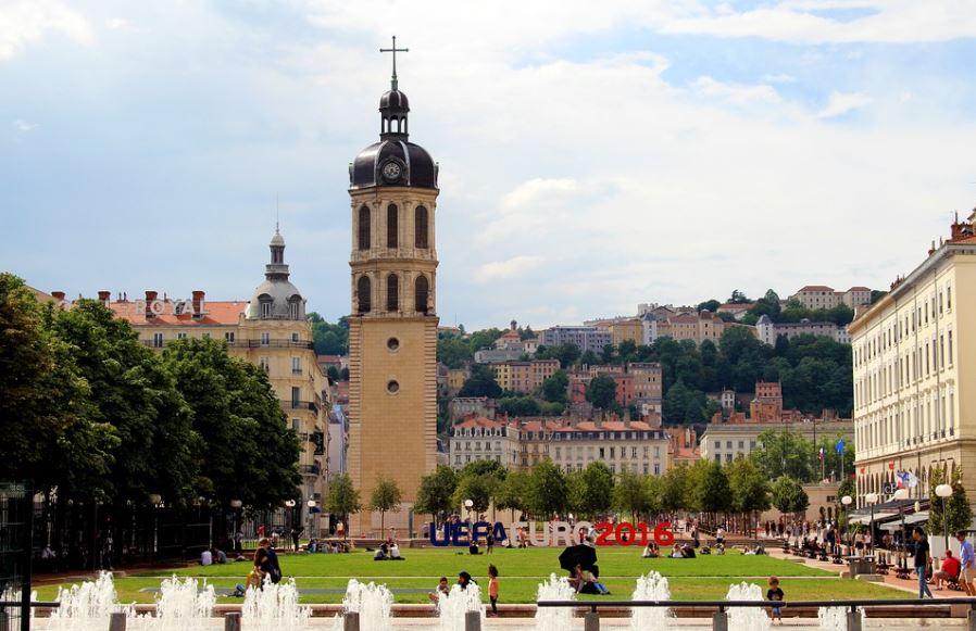 Place Antonin Poncet à Lyon